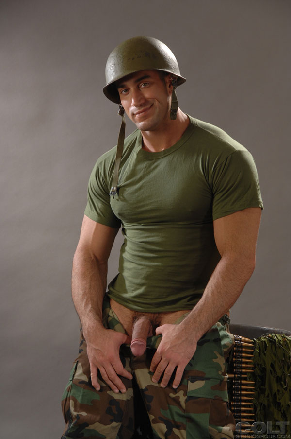 Military muscle worship with Samuel Colt and Spencer Reed